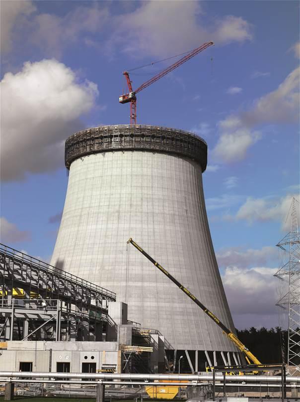 Naturzugkühlturm des Kraftwerks Emsland im Bau mit WT 205L e.tronic