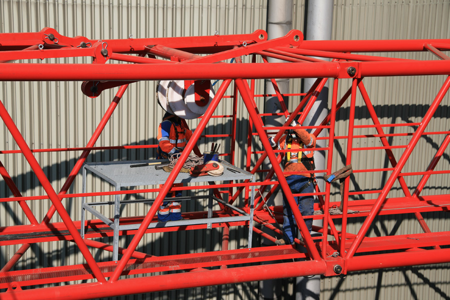 Picture of our service crew working on one of our cranes – we have job vacancies for this type of job