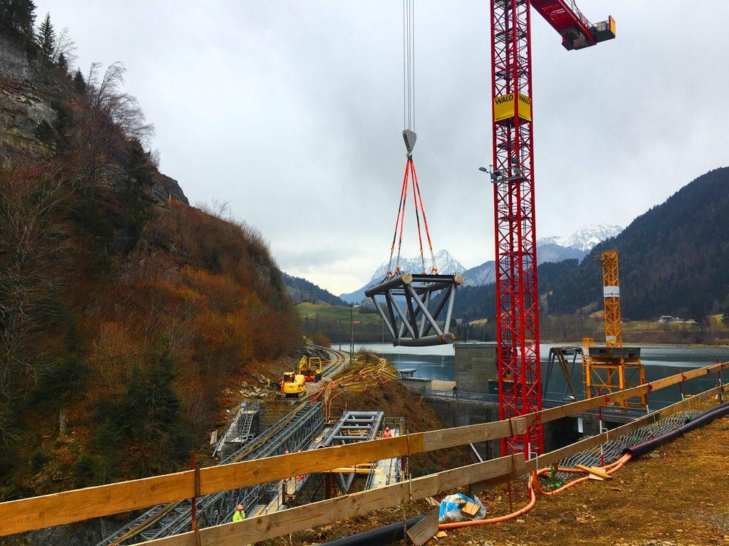 Foto vom Hub eines Brückensegments