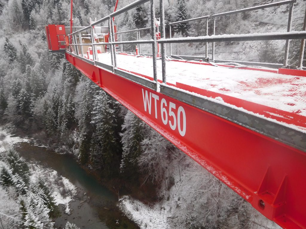 Picture of the snow-covered counter-jib and the valley