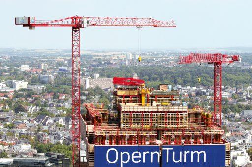 Zwei WT 300 e.tronic auf der Prestige-Baustelle OpernTurm
